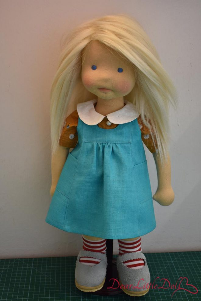 Waldorf doll pattern apron5