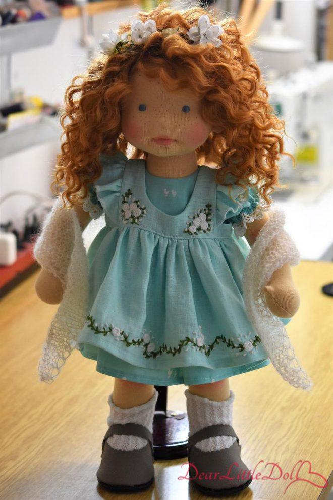 Waldorf doll pflutter sleeves